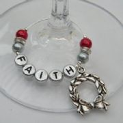 Christmas Wreath Personalised Wine Glass Charm - Elegance Style